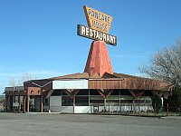 USA - Houck AZ - Fort Courage Trading Post Abandoned Pancake House Restaurant (24 Apr 2009)